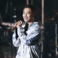 Tae Yang - PSY Concert - 26dec2015 - Urthesun - 09