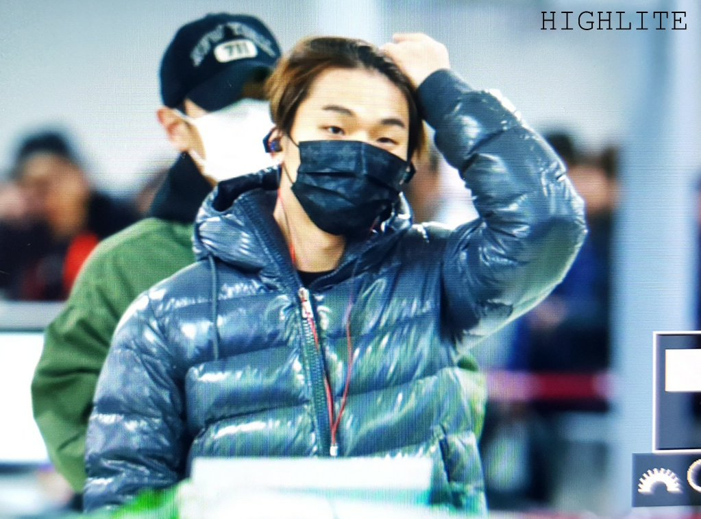 BIGBANG - Gimpo Airport - 31dec2015 - High Lite - 08
