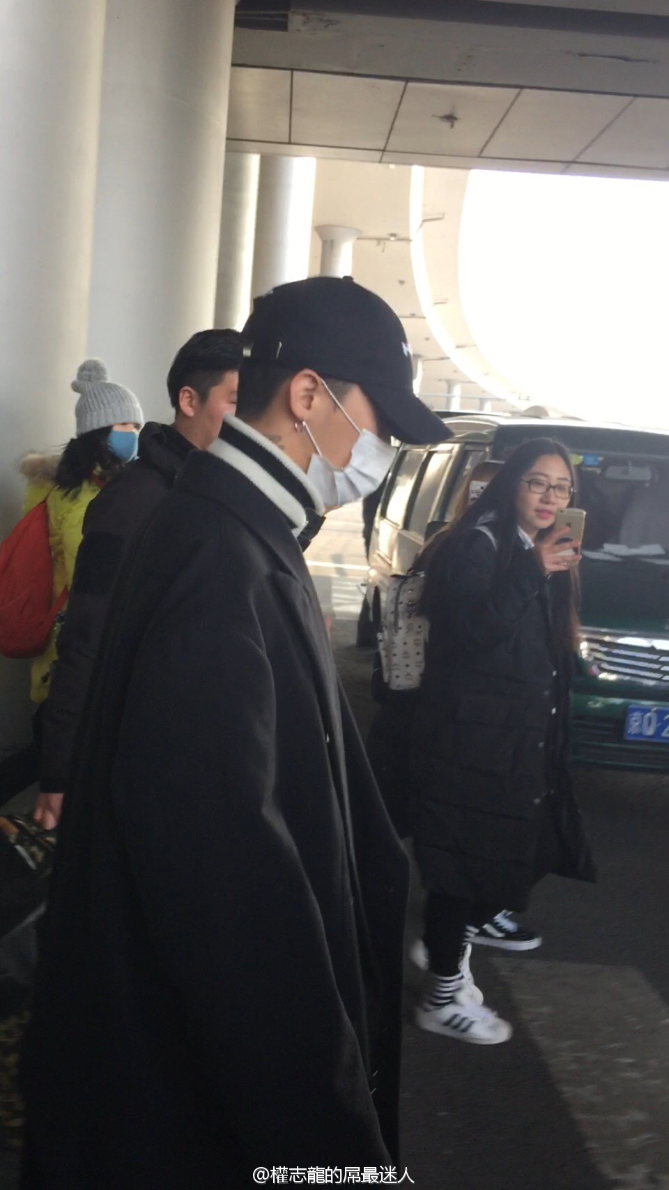 BIGBANG - Beijing Airport - 31dec2015 - 2261401031 - 07