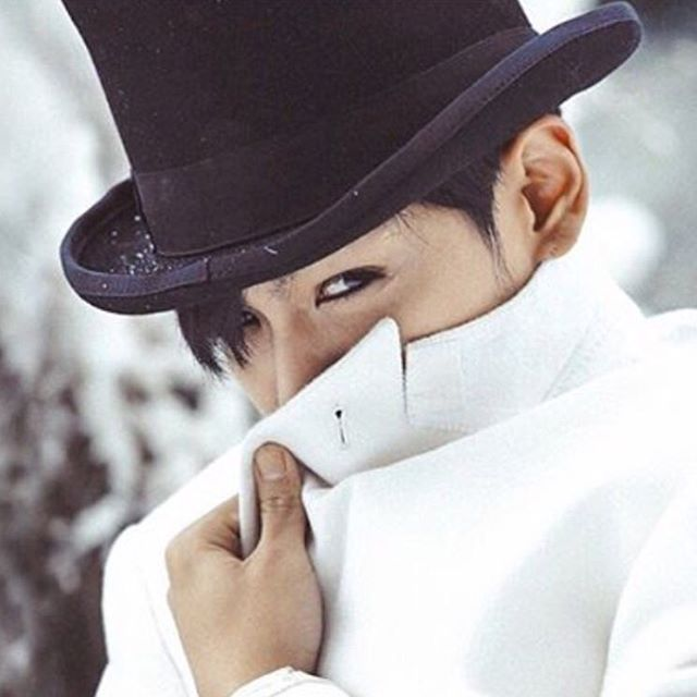 TOP Instagram Jan 1, 2016 12:34am Happy New Year !