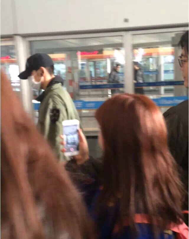 GD TOP Dae Departure Beijing To Seoul 2016-01-02 韩都衣舍G-Dragon粉丝团 (5)