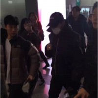 GD TOP Dae Departure Beijing To Seoul 2016-01-02 韩都衣舍G-Dragon粉丝团 (4)