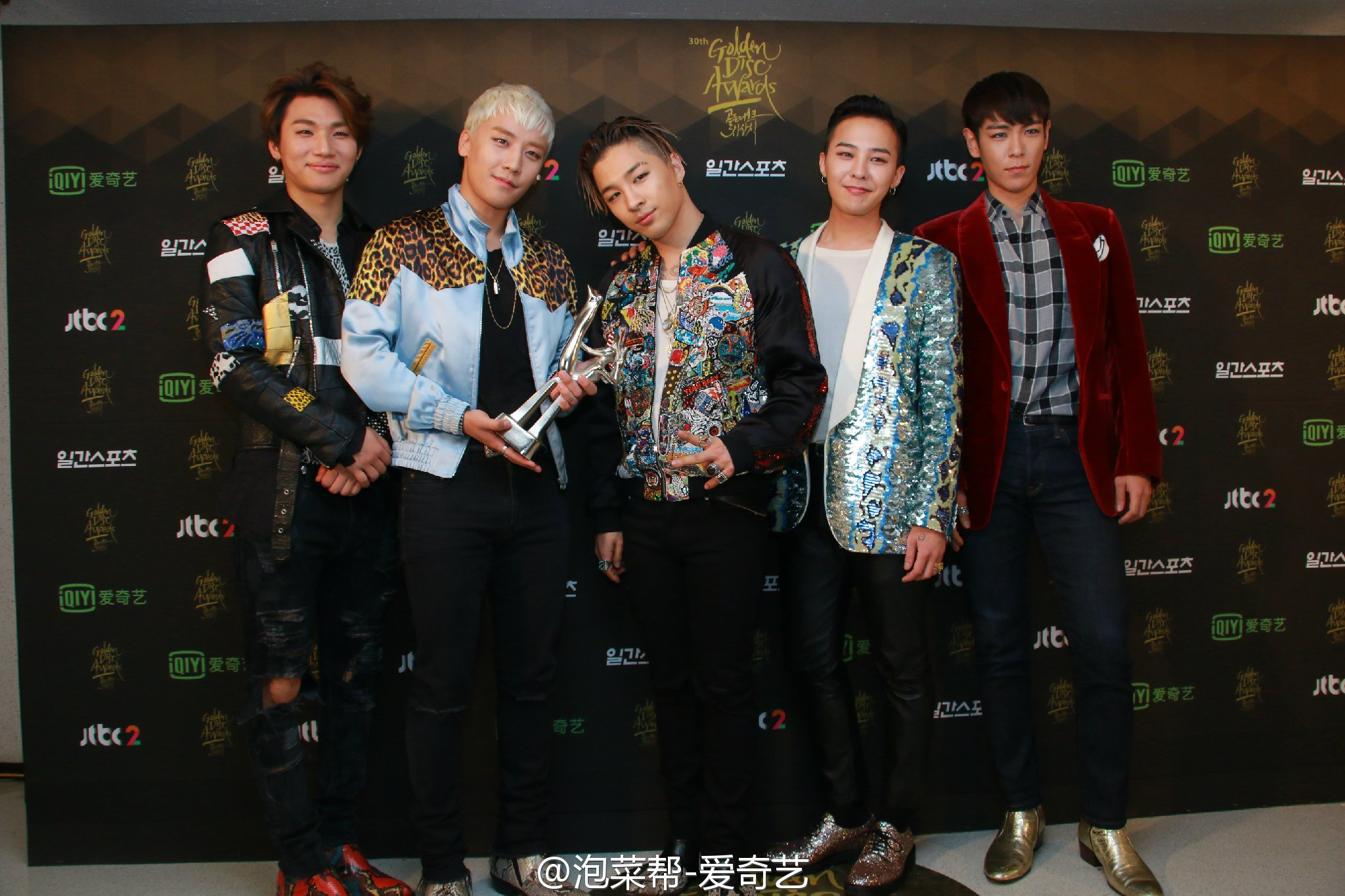 BIGBANG - Golden Disk Awards - Backstage - 20jan2016 - 泡菜帮-爱奇艺 - 11