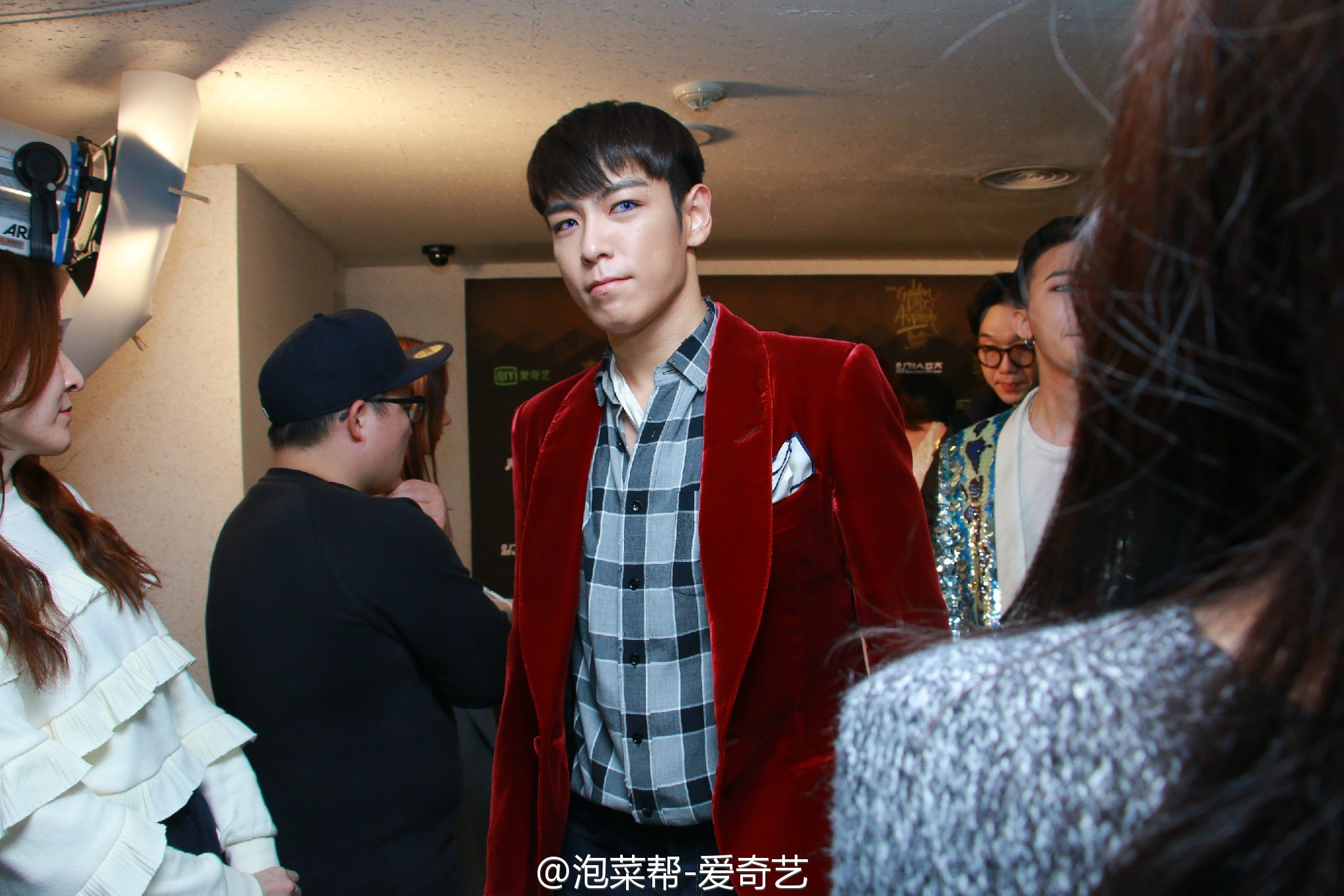 BIGBANG - Golden Disk Awards - Backstage - 20jan2016 - 泡菜帮-爱奇艺 - 06