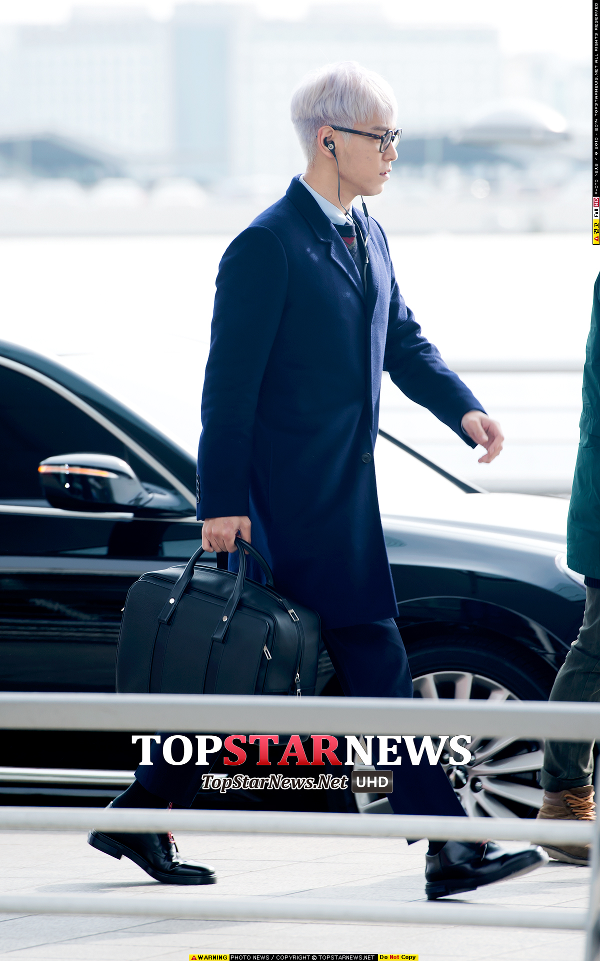 TOP G-Dragon Departure Seoul Incheon To Paris 2016-01-22 HQs (5)
