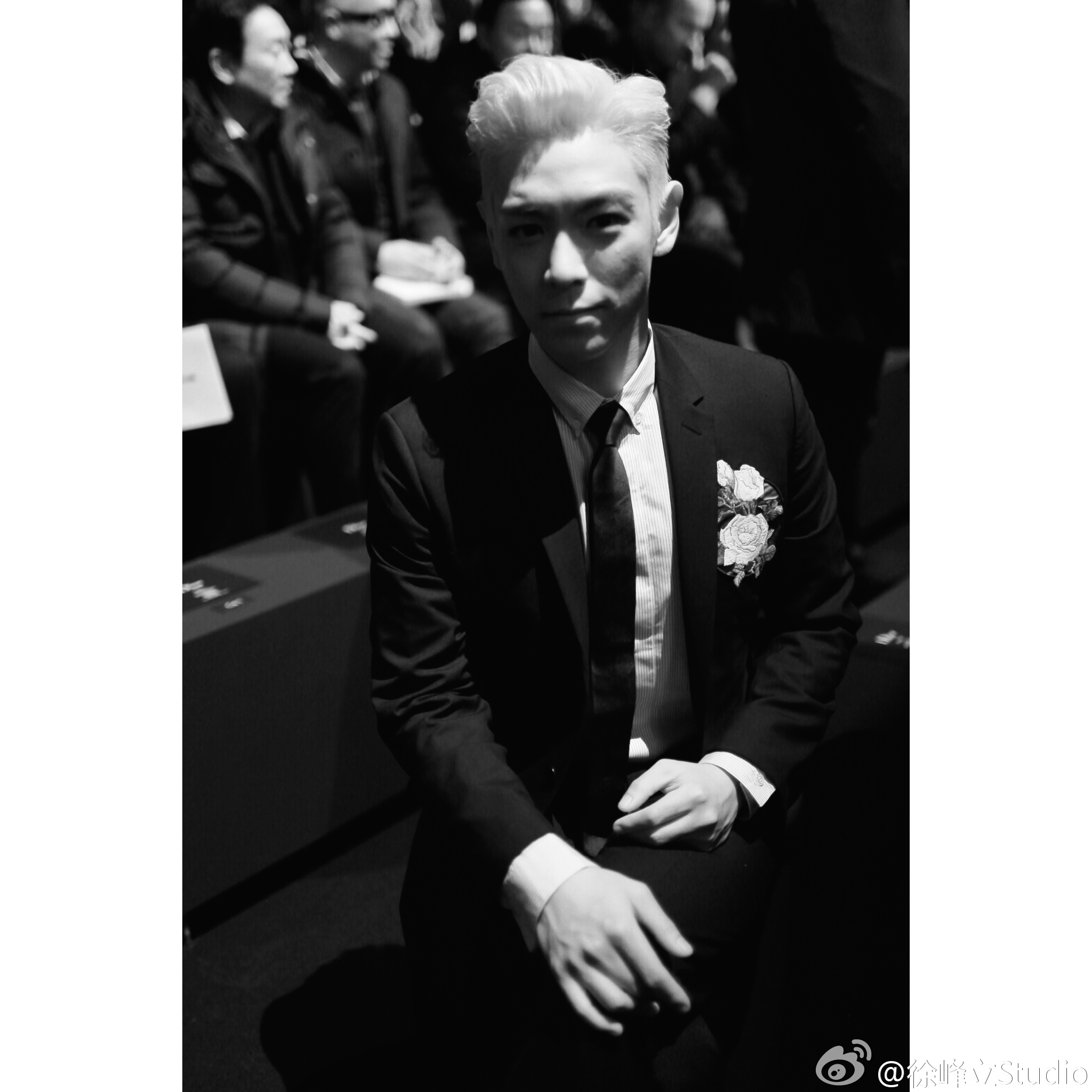TOP - Dior Homme Fashion Show - 23jan2016 - 徐峰立Studio - 01