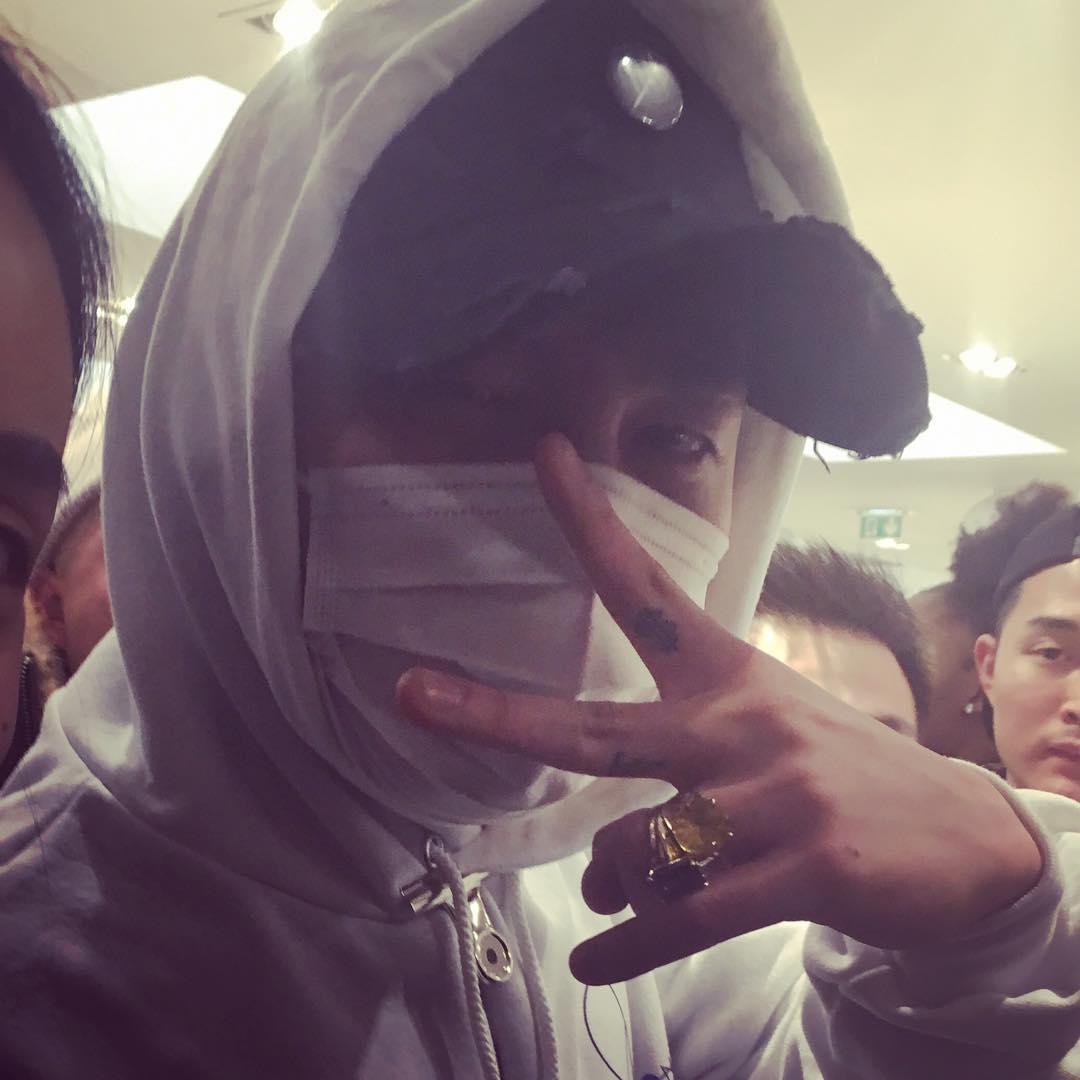 G-Dragon - Colette X Peaceminusone - 23jan2016 - Hqqhqq199596 - 02