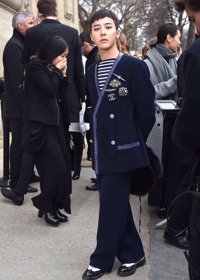 G-Dragon Chanel Haute Coutoure At Grand Palais Paris 2016-01-26 Press 10