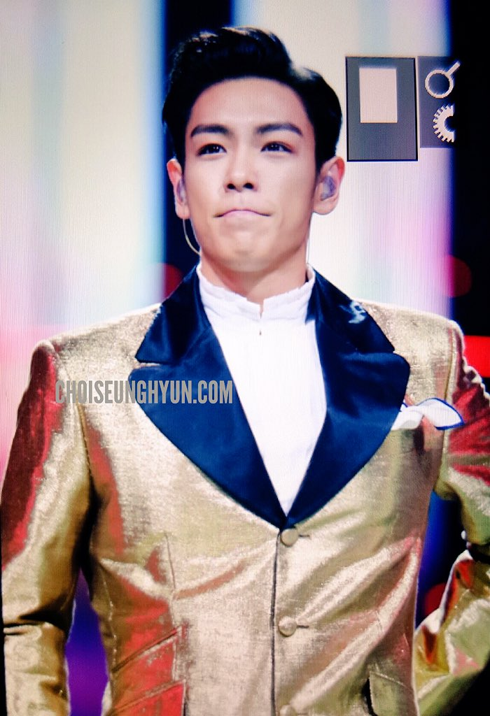 BIGBANG_Hunan_TV_2015-12-31_by_Choidot_2.jpg
