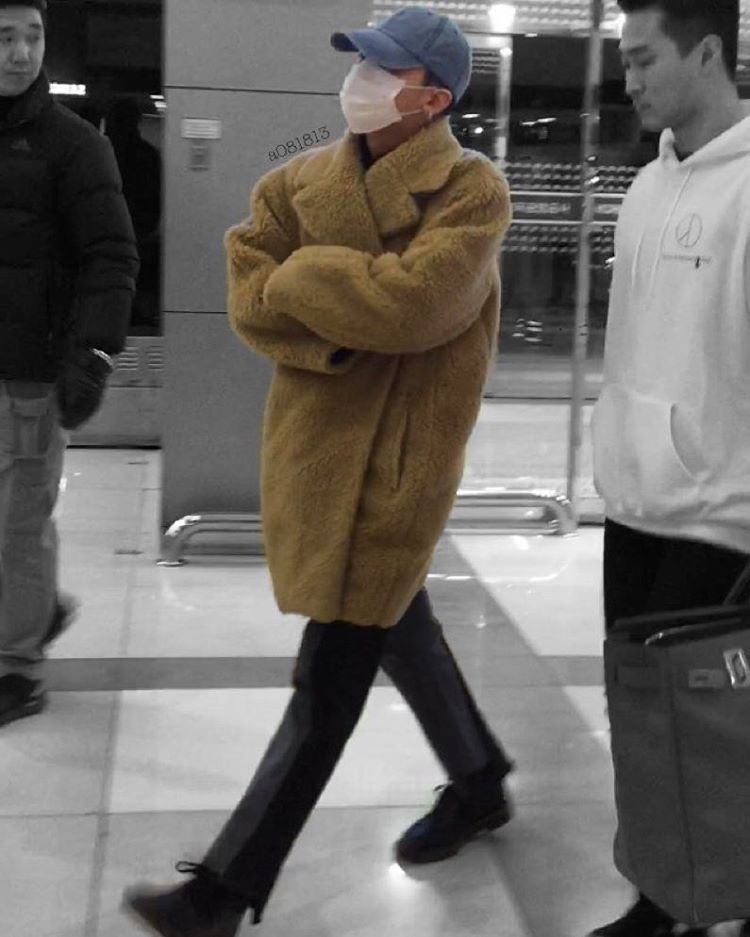 BIGBANG - Gimpo Airport - 31jan2016 - A081813 - 01