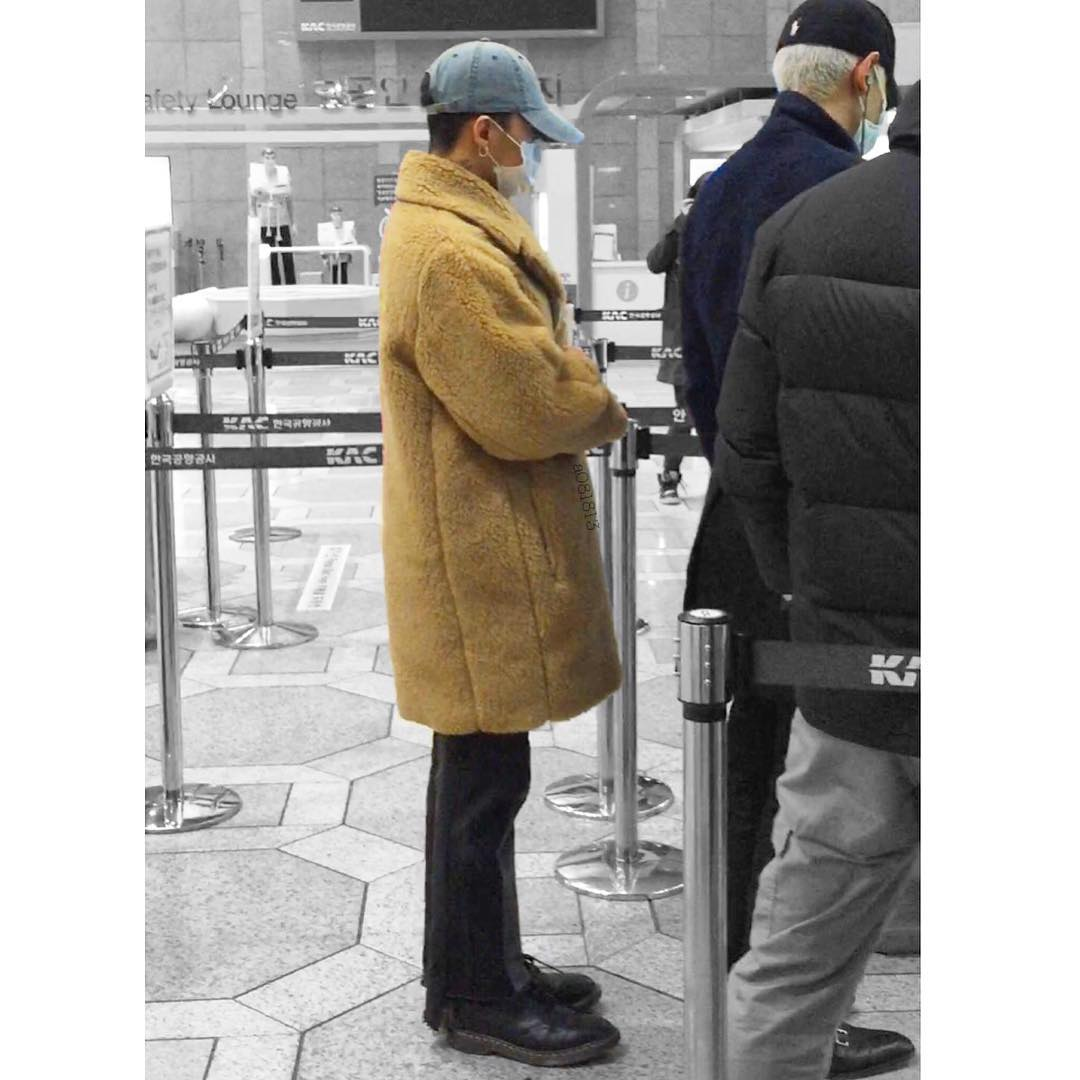 BIGBANG - Gimpo Airport - 31jan2016 - A081813 - 05