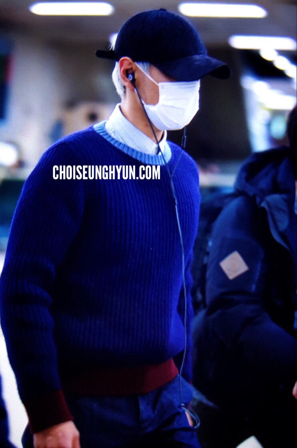 TOP Arrival Seoul From Japan 2016-02-12 (5)