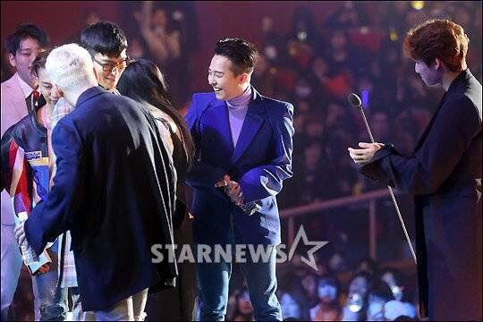 BIGBANG GAON Press Pics 2016-02-17 (3)