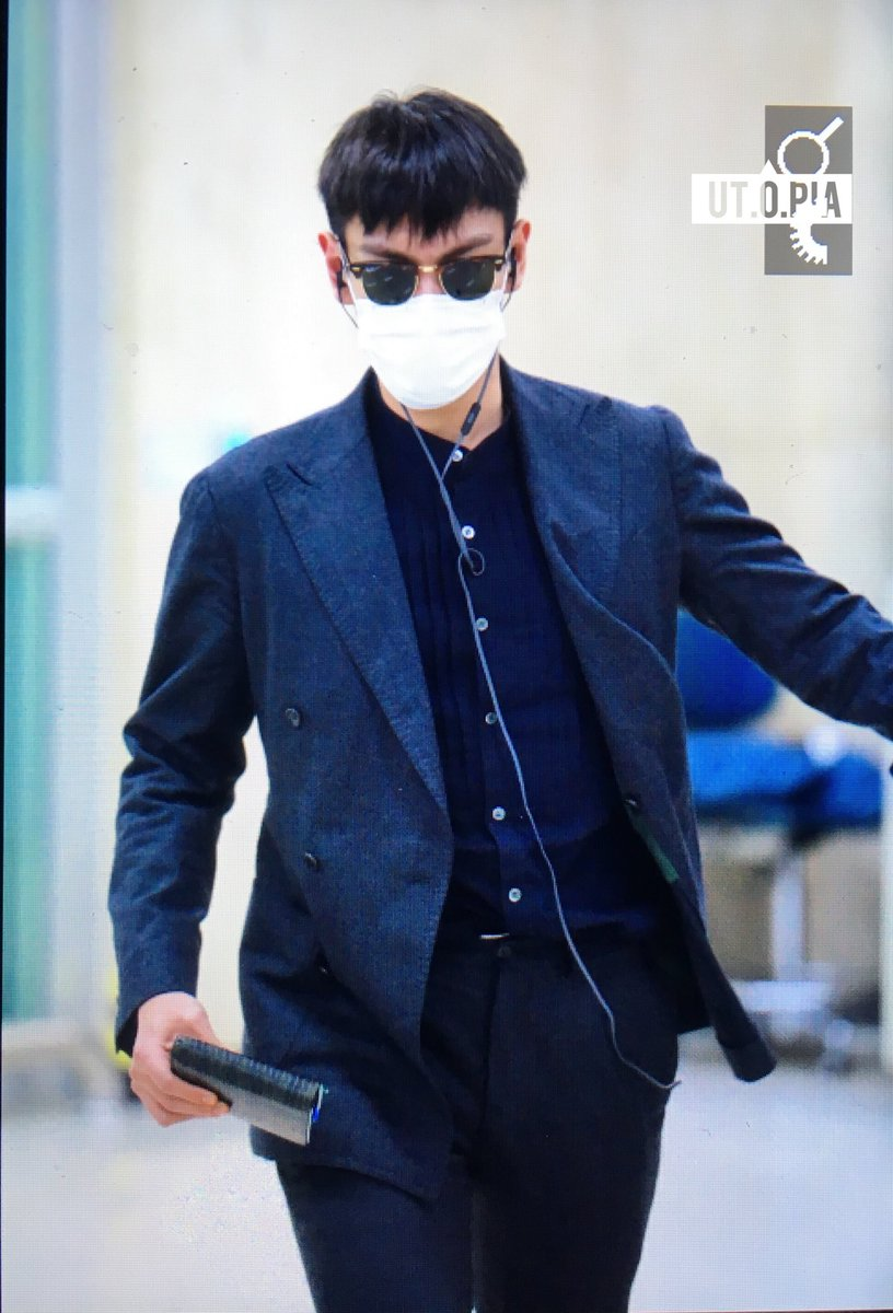 TOP Arrival Seoul Gimpo From Tokyo 2016-02-25 (4)