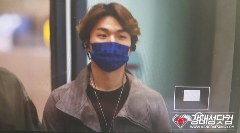 BIGBANG Arrival Seoul Incheon 2016-03-21 (65)