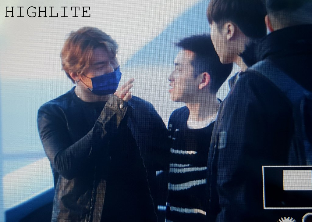 BIGBANG - Incheon Airport - 23mar2016 - High Lite - 02