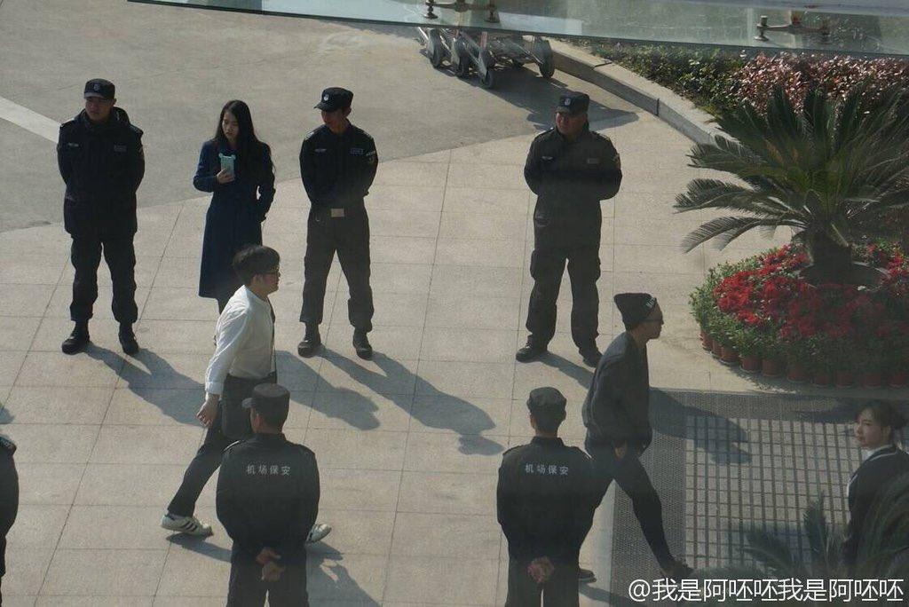 BIGBANG - Nanchang Airport - 25mar2016 - Weibo - 03