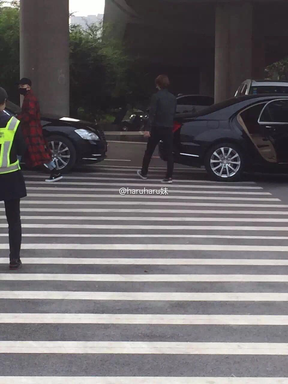 BIGBANG Arrival Changsha 2016-03-26 Echoing 妹 (3)