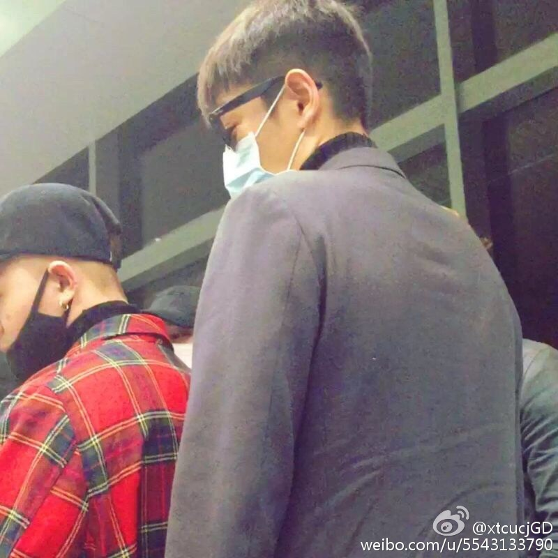Big Bang - Changsha Airport - 27mar2016 - XtcucjGD - 04