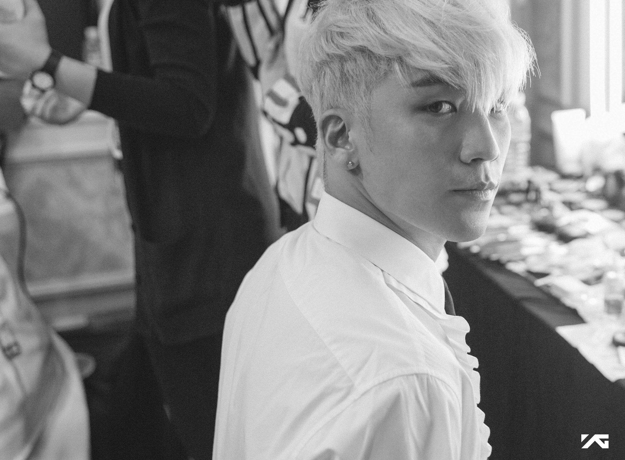 Image: BIGBANG's Facebook / YG Entertainment