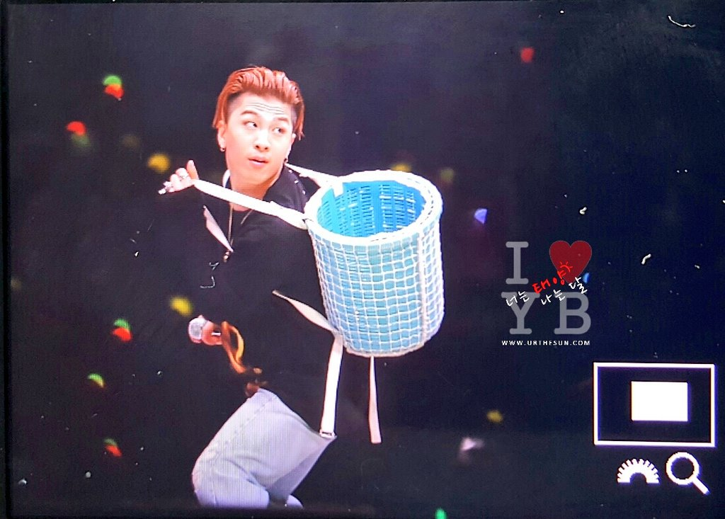 Big Bang - FANTASTIC BABYS 2016 - Nagoya - 01may2016 - Urthesun - 09