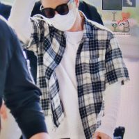 Seung_Ri_-_Tae_Yang_-_Gimpo_Airport_-_14may2016_-_Urthesun_-_03
