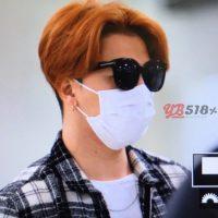 Seung_Ri_-_Tae_Yang_-_Gimpo_Airport_-_14may2016_-_YB_518%25_-_01