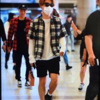 Seung_Ri_-_Tae_Yang_-_Gimpo_Airport_-_14may2016_-_YB_518%25_-_04
