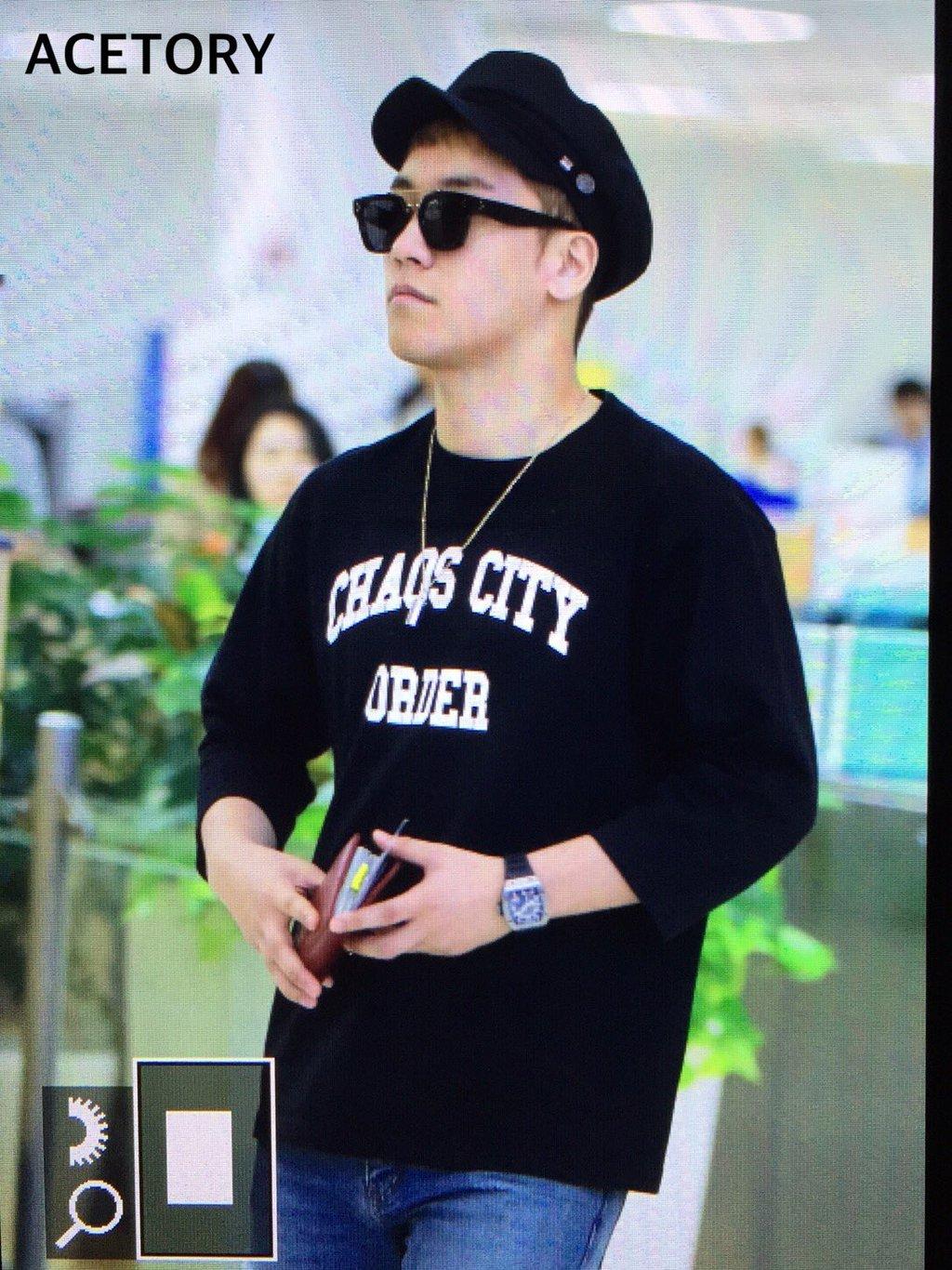 Seung_Ri_-_Tae_Yang_-_Gimpo_Airport_-_14may2016_-_Acetory_-_08