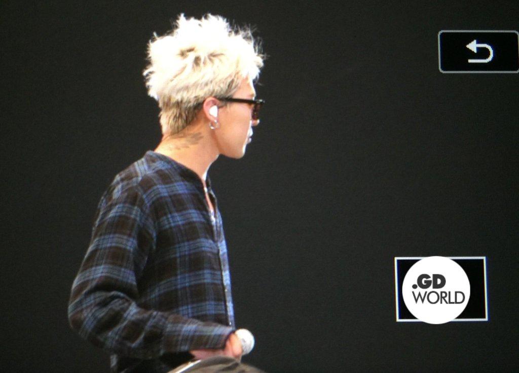 BIGBANG - FANTASTIC BABYS 2016 - Chiba - 14may2016 - GD World - 02