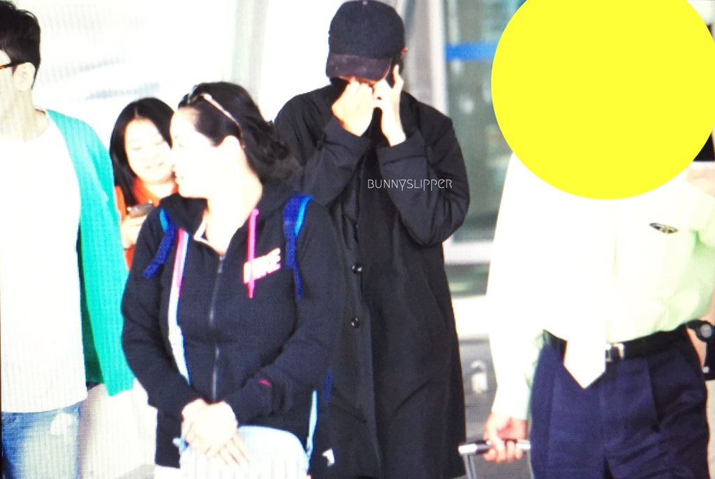 TOP Arrival Seoul Incheon 2016-05-20 (8)