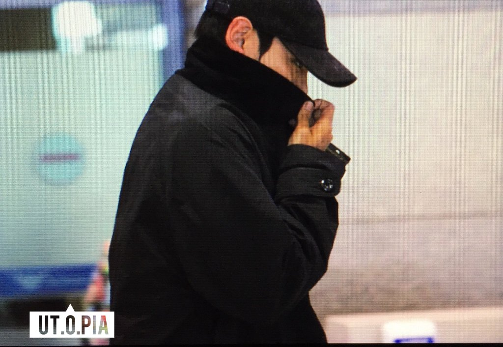 TOP Arrival Seoul Incheon 2016-05-20 (12)