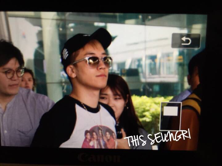 Seungri Arrival Seoul Incheon From Shanghai 2016-05-20 (10)