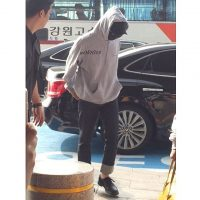 Big Bang - Gimpo Airport - 27may2016 - A081813 - 01