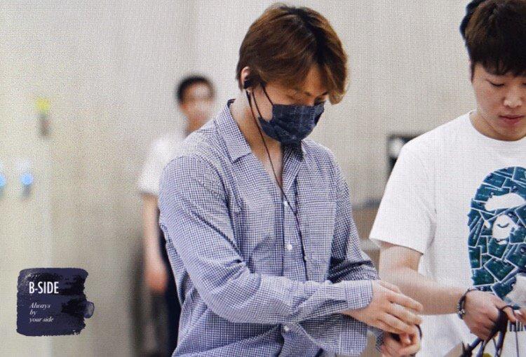Daesung And Taeyang Arrival Seoul 2016-05-30 (17)