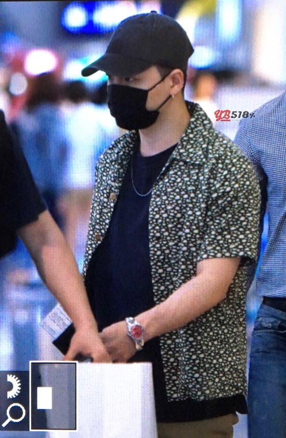 Daesung And Taeyang Arrival Seoul 2016-05-30 (20)