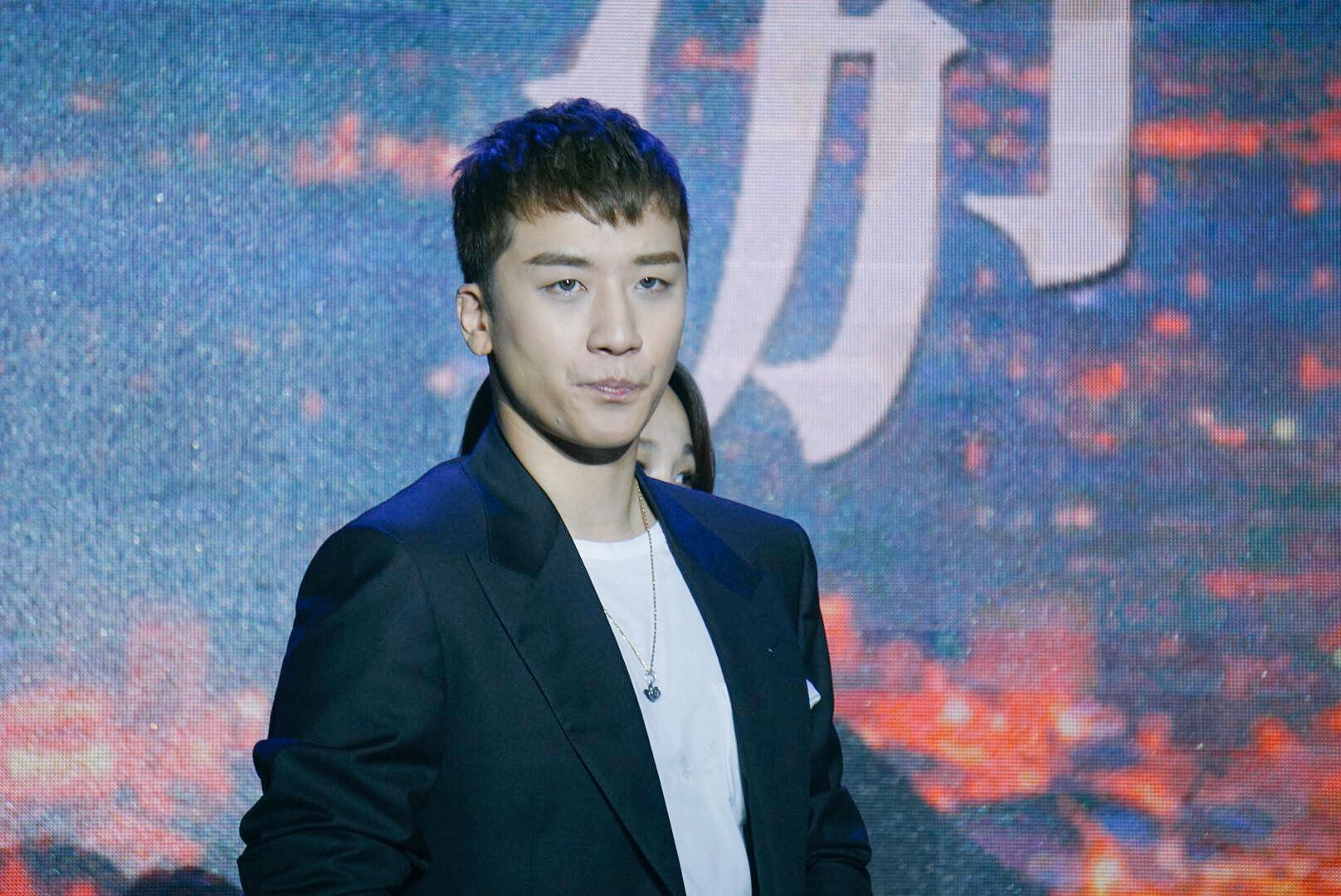 Seungri Press Conference for Chinese Movie 2016-07-16 (10)