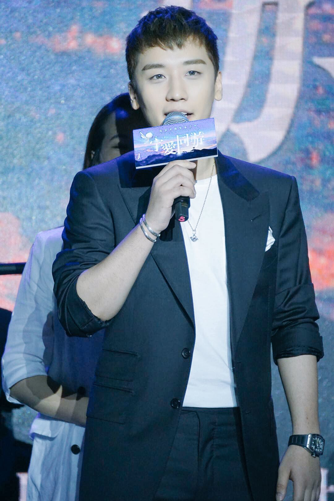 Seungri Press Conference for Chinese Movie 2016-07-16 (12)