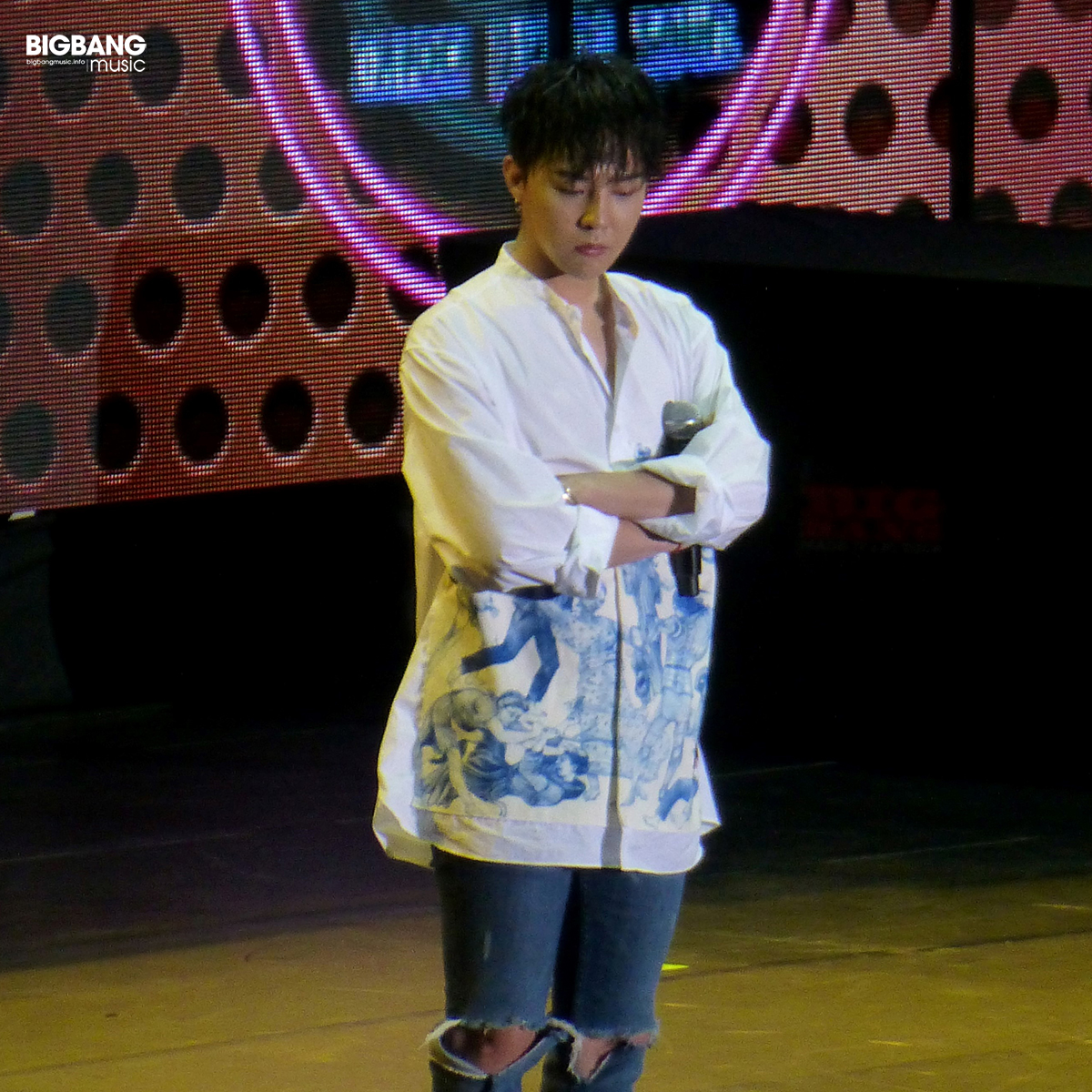 BIGBANGmusic-BIGBANG-FM-Hong-Kong-Day-2-2016-07-23-08