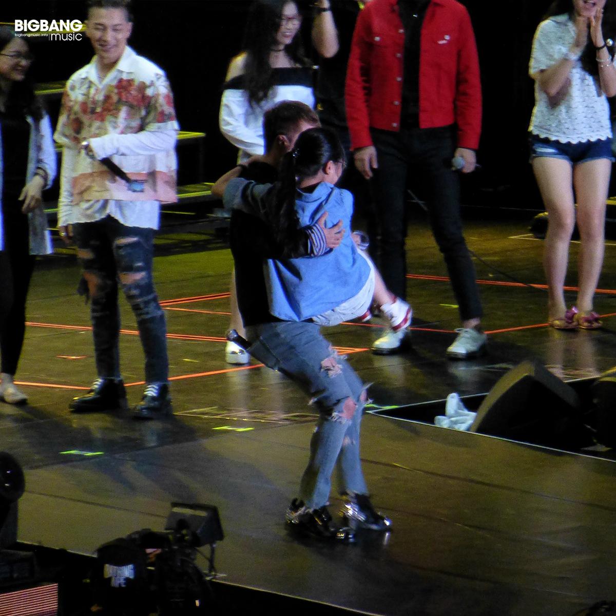 BIGBANGmusic-BIGBANG-FM-Hong-Kong-Day-2-2016-07-23-17