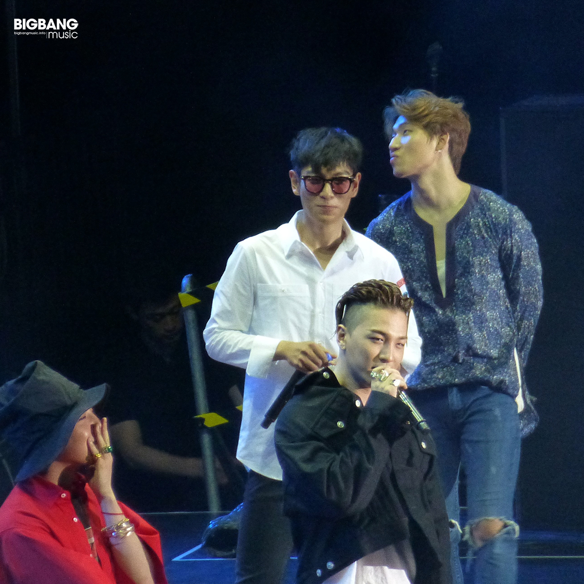 BBmusic-BIGBANG-Hong-Kong-Day-1-2016-07-22-12