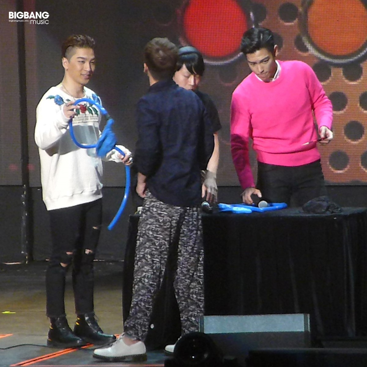 BIGBANG-Beijing-Day-1-2016-07-15-by-_BBmusic-03 (Andere)