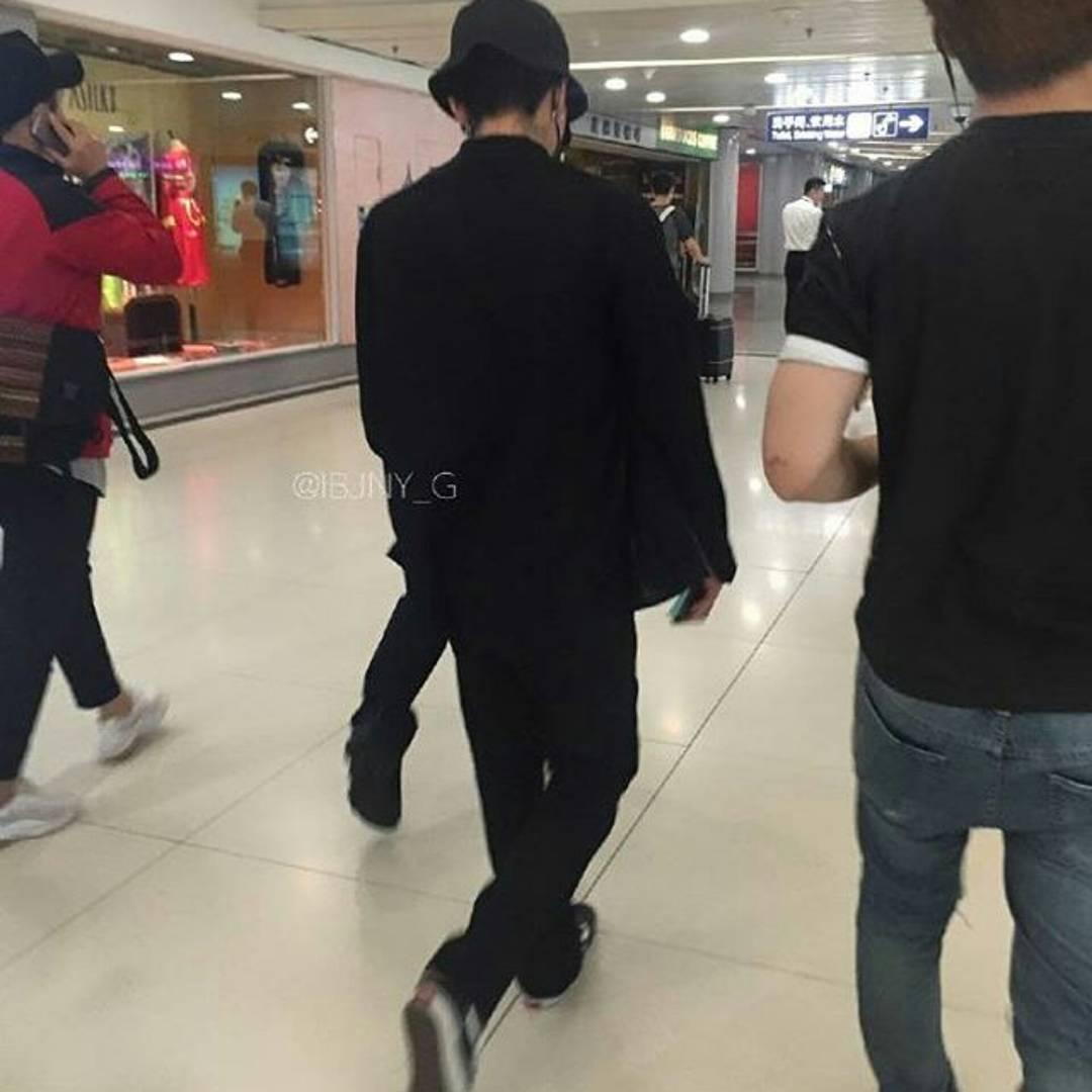 BIGBANG departure Beijing to Seoul 2016-07-18 (2)