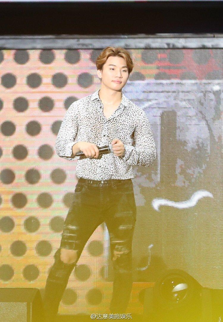 BIGBANG FM Luoyang 2016-07-13 (61)