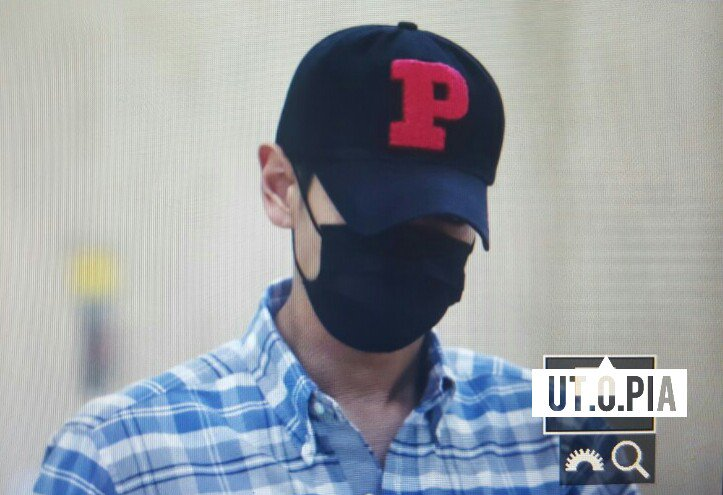BIGBANG w-out Ri arrival Gimpo from Beijing 2016-07-18 (47)