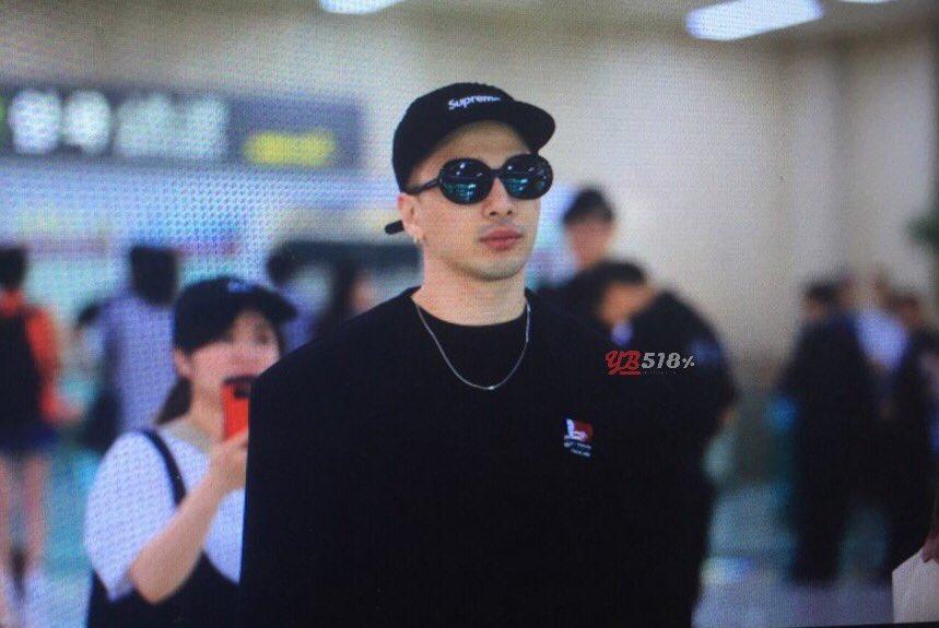 GD YB Dae Arrival Seoul from Osaka 2016-08-01 (15)