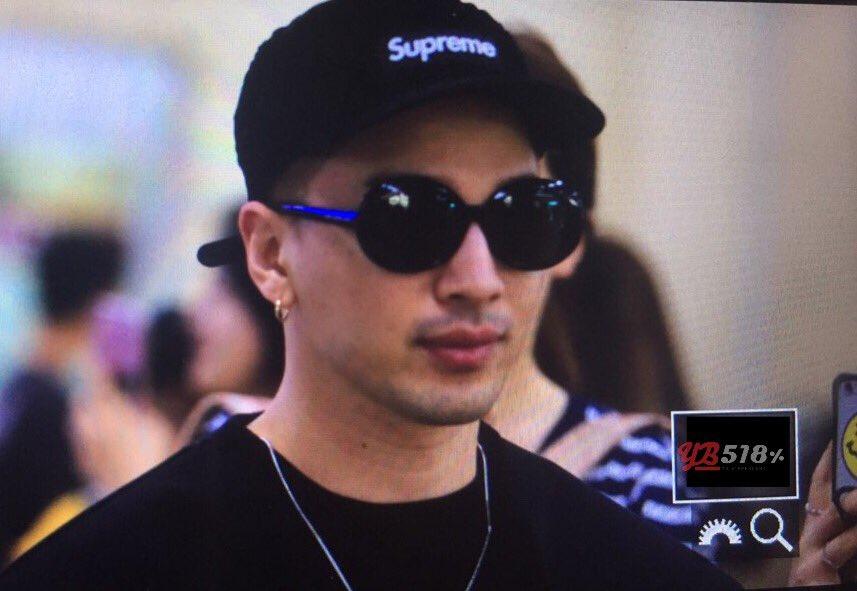 GD YB Dae Arrival Seoul from Osaka 2016-08-01 (16)