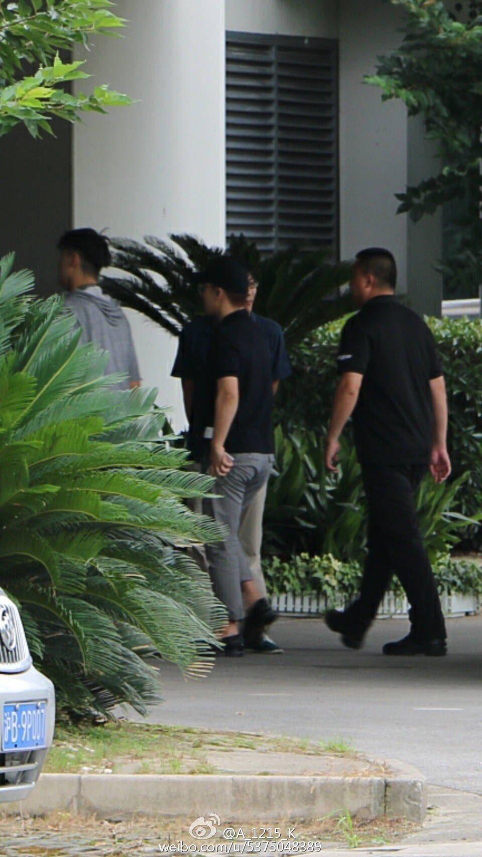 Seungri Arrival Guangzhou 2016-07-07 (1)