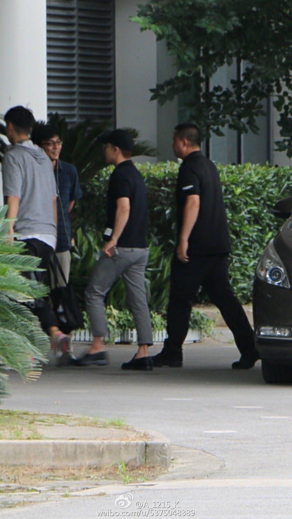 Seungri Arrival Guangzhou 2016-07-07 (2)