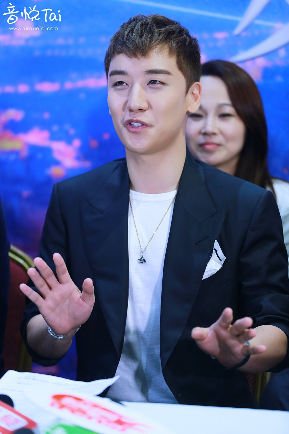 Seungri Press Conference for Chinese Movie 2016-07-16 (32)
